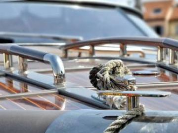 detalle inox embarcación (foto internet)